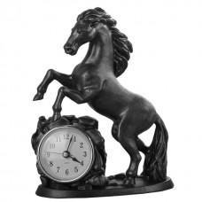 """Часы """"Обгоняющий время"""""""