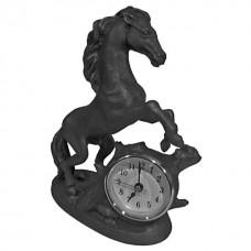 "Часы ""Конь у старого дуба"""